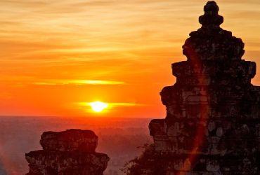 images/tour/phnom-bakeng-sunset.jpg
